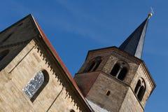 Godehardikirche, rue Godehard Basilika, Hildesheim Photographie stock libre de droits