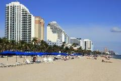 Godere della spiaggia Fotografia Stock Libera da Diritti