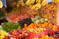 Gods på marknaden i Taroudant, Marocko Arkivfoto