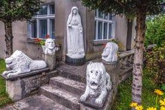 Godsdienstige beeldhouwwerken in Chojnice Royalty-vrije Stock Afbeelding