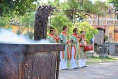 Godsdienstige handeling in Vietnam royalty-vrije stock afbeeldingen