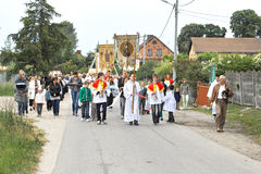 Godsdienstige optocht bij de Dag van Corpus Christi. Royalty-vrije Stock Afbeeldingen