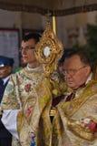 GODSDIENSTIGE OPTOCHT BIJ DE DAG VAN CORPUS CHRISTI Stock Fotografie