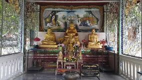 Godsdienstige standbeelden in Thailand stock videobeelden