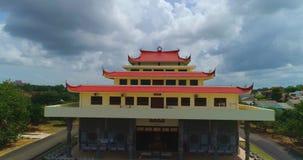 Godsdienstige tempel op het Eiland Bintan stock video