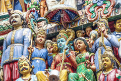 Godsstandbeeld bij de Tempel van Sri Mariamman in Singapore Stock Fotografie