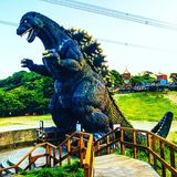 Godzilla-Statue stockfotos