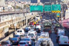 Godzina szczytu ruchu drogowego dżem w Miasto Nowy Jork obrazy stock