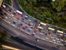Godzina szczytu ruchu drogowego dżemu anteny strzał zdjęcia stock