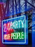 24 godziny przyjęcia ludzie fotografia stock