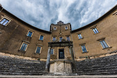 Goed tempel van dea fortuna Palestrina stock fotografie