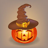Goede pompoen in een heksenhoed voor Halloween Royalty-vrije Stock Afbeelding