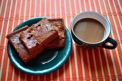 Goedemorgens met koffie en cake Royalty-vrije Stock Foto's