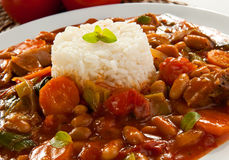 Goelasj met rijst stock afbeelding