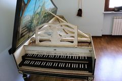 Goermans-Taskin Harpsichord overview2 stock photography