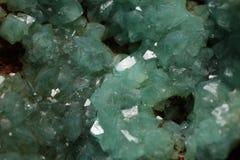 Goethite med Adamite mineral Arkivfoton