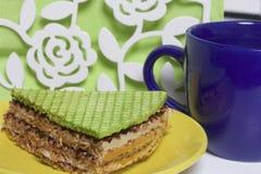 Gofra tort z gotowanym zgęszczonym mlekiem i czekoladą Fotografia Stock