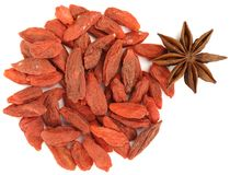 Goji berrieswith star anise top view isolated Royalty Free Stock Images