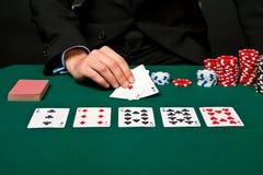 Gokker met kaarten en spaanders. royalty-vrije stock foto