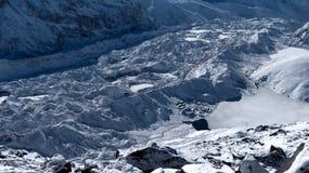 Gokyodorp, meer en Ngozumpa-gletsjer stock foto's