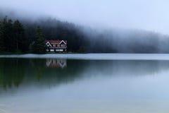 Golcuk lake Royaltyfri Foto