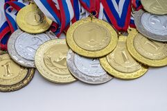 Free Gold And Silver Awards. Medals For Achievements And Conquest Royalty Free Stock Photos - 211842898