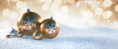 Free Gold And Silver Christmas Balls In The Snow Royalty Free Stock Image - 155608826