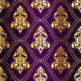 Gold-auf-Purpurrotes nahtloses indisches Muster mit Punkten Lizenzfreie Stockfotos