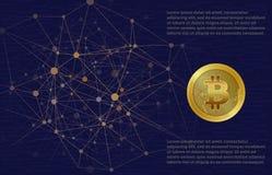 Gold-bitcoin mit blockchain Elementen, Hintergrund von Mikrochips Lizenzfreie Stockfotografie