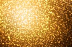 Gold-bokeh auf Natur defocus Kunstzusammenfassungs-Unschärfehintergrund lizenzfreie abbildung