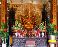 Gold Buddha. Vietnam. Nha Trang. Pagode. Stockbild
