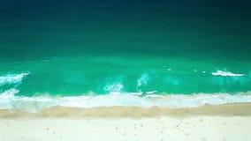 Gold- Coastsurfer-Paradies der Strand stock footage