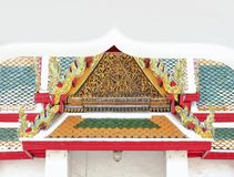 Gold der Giebelspitzenarchitektur stockbilder