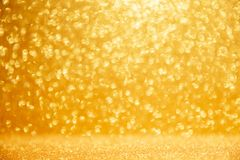 Free Gold Glittering Christmas Lights. Blurred Abstract Background Royalty Free Stock Photos - 161104268