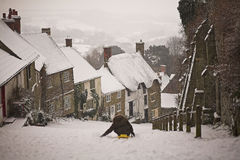 Gold Hill Shaftesbury. In the snow Stock Photography