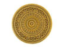 Gold lackiertes Metallkunstwerk graviert im thailändischen Blumenmuster Stockfoto