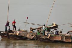Gold panning on the Irrawaddy in Myanmar Royalty Free Stock Photos