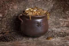Gold pot Stock Images
