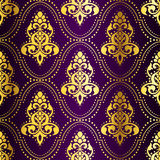 Gold-on-Purple seamless Indian pattern with dots Royalty Free Stock Photos