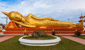 Gold reclining Buddha in Wat Si Saket in Vientiane in Laos Stock Photos