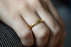 Gold Ring On Lady Stockbild