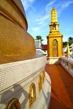 Gold    temple   in   bangkok  thailand incision of Stock Images