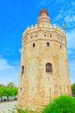 Gold Torre del Oro塔是在Paseo的一座军事城楼 免版税图库摄影