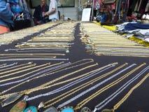 Gold- und Silberhalskette Stockbilder