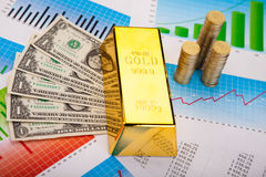Gold value, ambient financial concept Royalty Free Stock Photos
