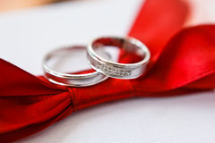 Gold wedding rings Royalty Free Stock Photo