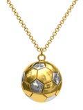 Goldanhänger in der Form der Fußballkugel auf Kette stockbild