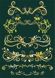 Goldantike Blumengrenzen auf grünem Hintergrund Lizenzfreies Stockbild