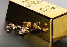 Goldbarrennahaufnahme Stockfoto