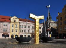Goldbrunnen in Pilsen lizenzfreies stockfoto